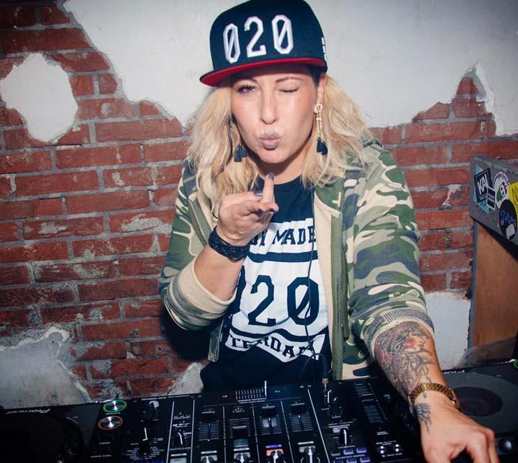 DJ Miss Brown boeken