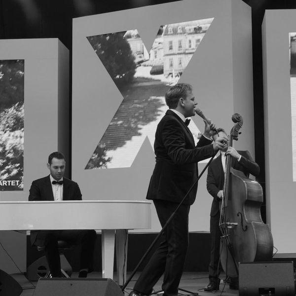 The Roaring Jazz Quartet miljonair fair LXRY